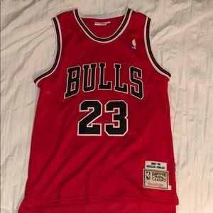 Michael Jordan 1997-1998 Mitchell & Ness Jersey.